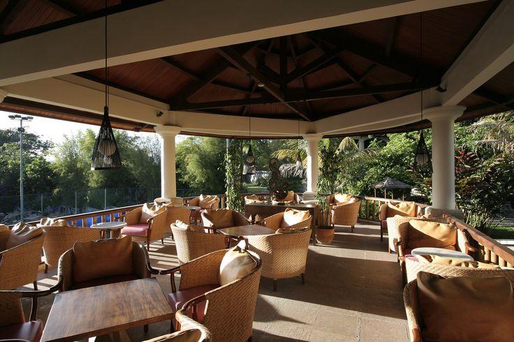 Novus Puncak Pool Side Lounge http://www.novushotels.com