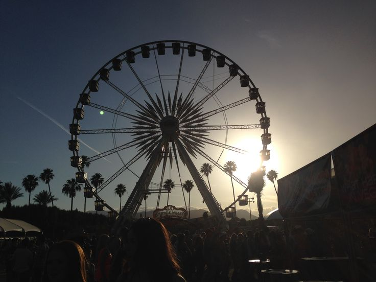 Stagecoach Country Music Festival 2014! http://www.theredgoes.com/reminiscing-stagecoach-2014/   #cowgirlstyle #countryfashion #countrymusic