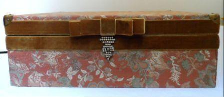 caixa para presente forrada com tecido gobelin