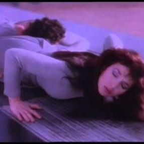 Running Up That Hill - Hounds Of Love | Kate Bush