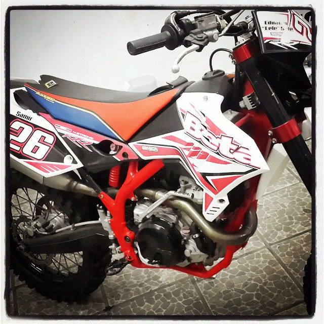 #diseño #impresion #vinilo #ploteo #motos #beta #calcos #stickers #enduro #tucuman