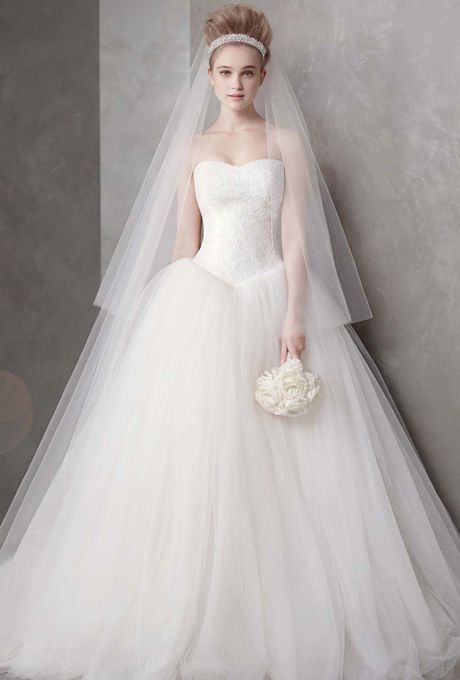 全ての花嫁の憧れ*Vera Wangの一番人気『バレリーナ』はやっぱり可愛い♡にて紹介している画像