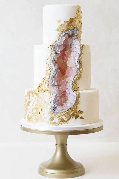 We're seeing elegant wedding cake designs inspired by geode rocks rising on Instagram, and we can't stop staring.