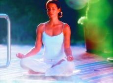 """Entspannen Sie mit Yoga & Pilates und sammeln Sie Kraft / Relaxing with Yoga & Pilates in """"THERESA Wellness Genießer"""" Hotel, Zillertal, Tirol, Austria . www.theresa.at"""