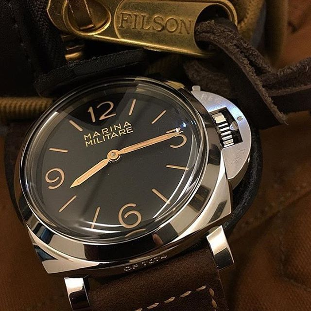 Does this compete with the 372? Let us know! The new #Panerai PAM673 Luminor Marina Militare. Pic by @dnlming #PaneraiCentral