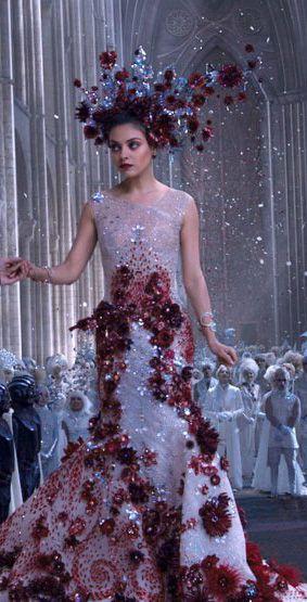 Mila Kunis as Jupiter Jones in 'Jupiter Ascending' (2015) - #MilaKunis #JupiterAscending
