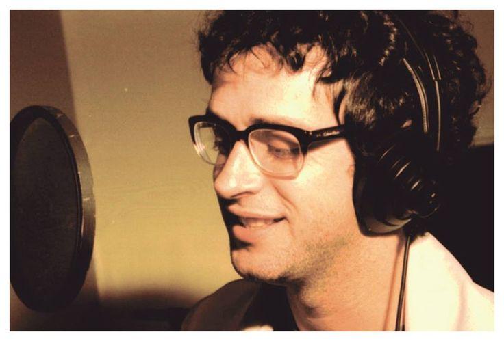 """""""Hervidero de palabras, solo escucha tu alma el lenguaje universal...""""  Gustavo Cerati durante la grabación de BOCANADA.  Buenos Aires, 1999"""