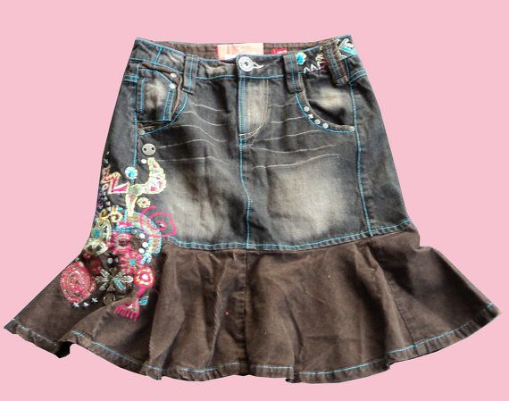 Denim skirt PUYALLUP with hand embroidered details by BARRABOZA