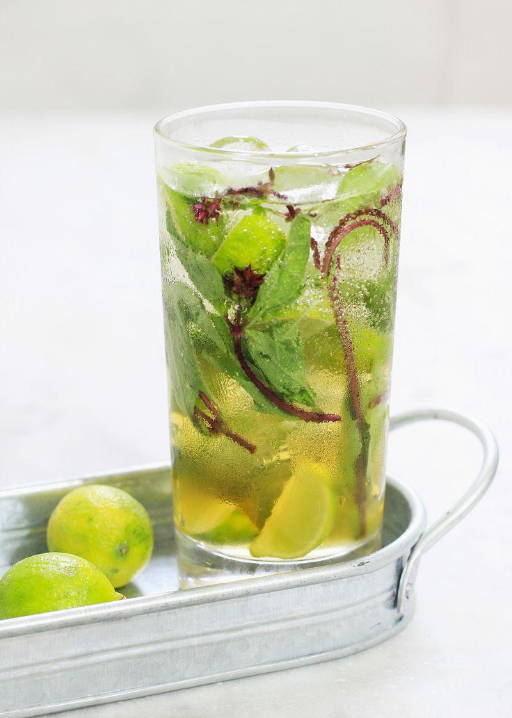 Thai Basil, Green Tea & Prosecco Spritzer
