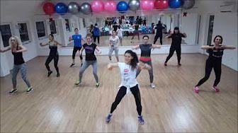 Senam Aerobic zumba free style dance untuk gerakan otot perut - YouTube