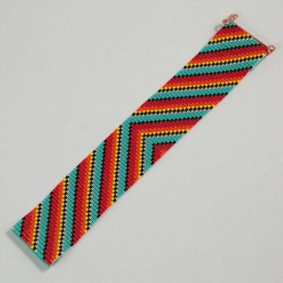 Questo braccialetto messicano del Serape perlina Rainbow Loom è stato ispirato dai modelli del tessile messicana bella che vedo intorno a me qui ad