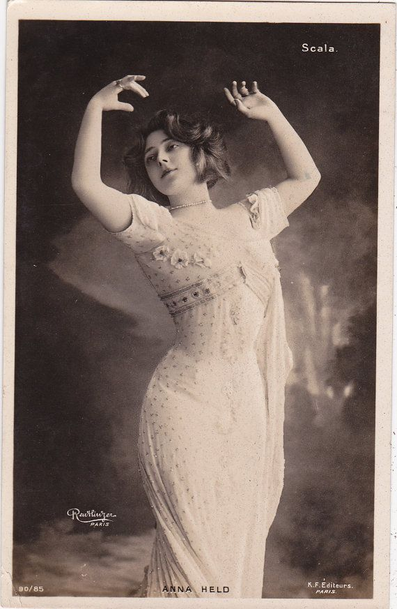 1905 Edwardian Stage Actress Anna Held