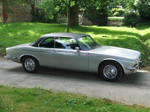 17 best images about caracters jaguar xj coupe on pinterest cars auction and best photo. Black Bedroom Furniture Sets. Home Design Ideas