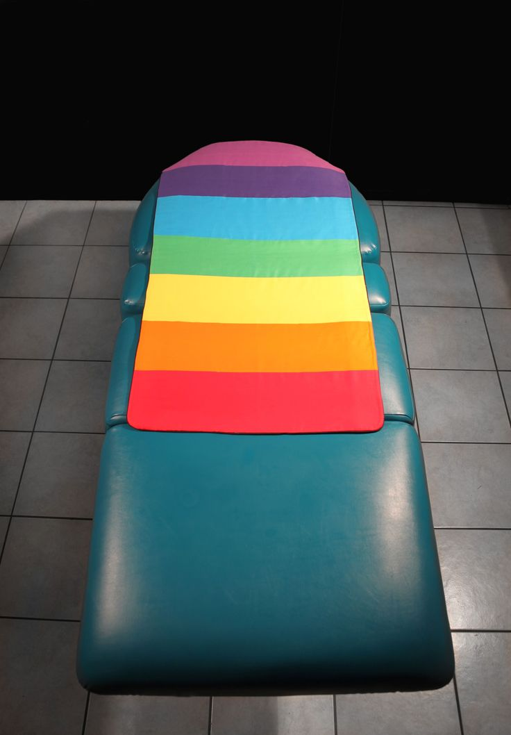 The stunning Chakra Shine brand is now available as Realign - the portable chakra balancing mat.    Colour perfectly aligned to your Chakras!    This quilted mat is beautifully finished, provides a soft foundation and is made from 100% cotton, with 100% Organic Bamboo 4mm wadding.  Fully machine washable.    The underside provides a hidden Crystal Pocket along both edges, to place crystals, or cards, anything really, aligned at each chakra point.    Available chakra height sizes: Small…