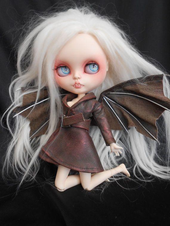 Placas frontales de Rbl vampiro por Spookykidsworkshop en Etsy