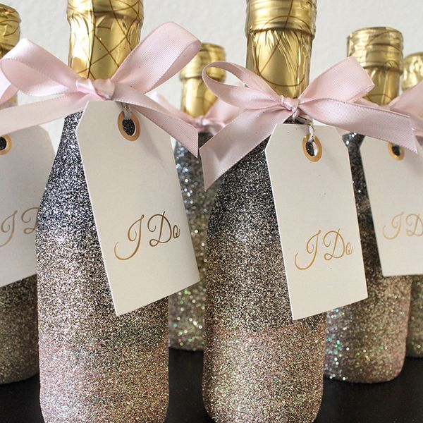 Upgrade mini champagne bottles with a dazzling glittery makeover.