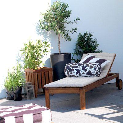long island wohnstil einrichtungsideen f r ihre terrasse liegestuhl im long island style. Black Bedroom Furniture Sets. Home Design Ideas