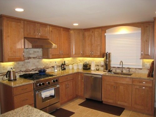 maple shaker kitchen cabinets 79 best images about maple kitchen cabinets on 23053