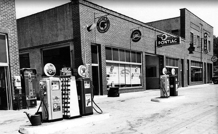 Buick-Pontiac-GMC dealership… early 1950s