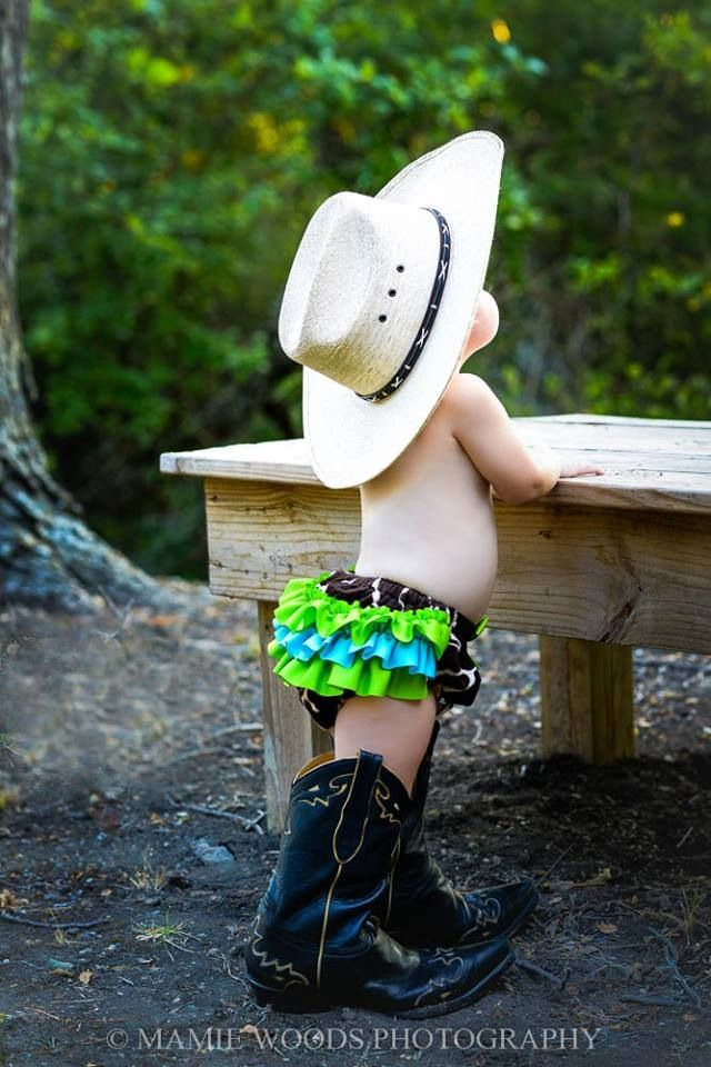 #cowgirlsweetheart #toddler #photography