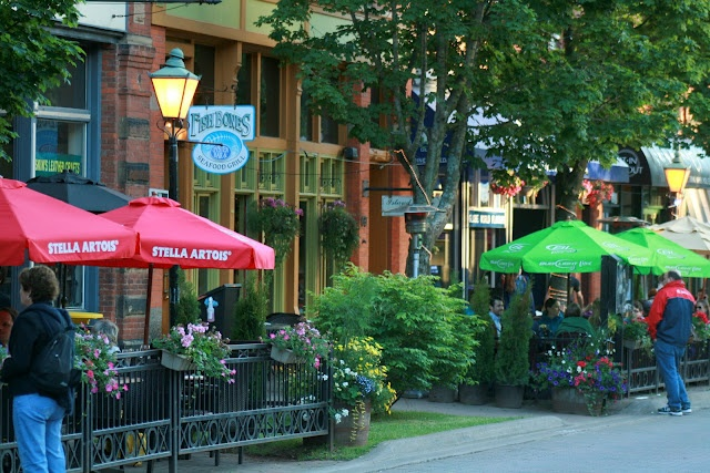 Victoria Row features several restaurants and unique shops.