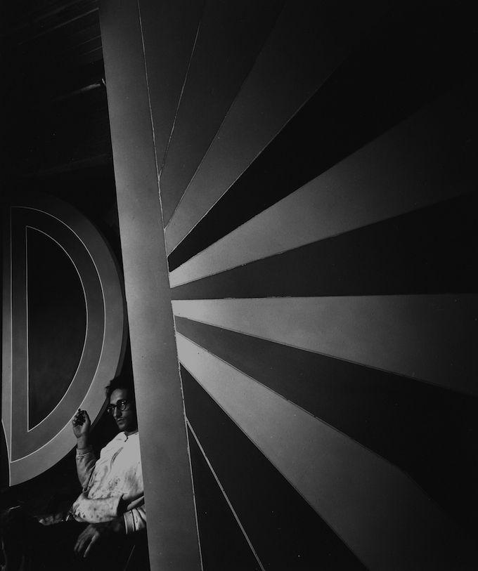 Arnold Newman.  Frank Stella, an artist, New York, 1967
