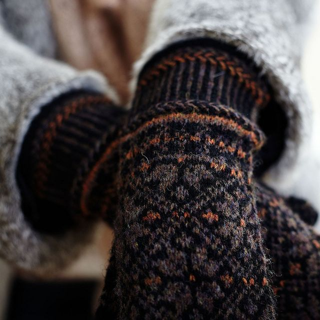 Mittens by Hedgehog Fibres, neutrals with a little flash of orange