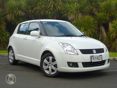 2010 Suzuki Swift for Sale!! Hatchback, Automatic, White Colour, Petrol