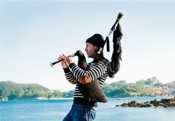 Concierto de Carlos Nuñez en Lugo, dentro de las Fiestas de San Froilán 2016. Ocio en Galicia | Ocio en Lugo. Agenda actividades. Cine, conciertos, espectaculos