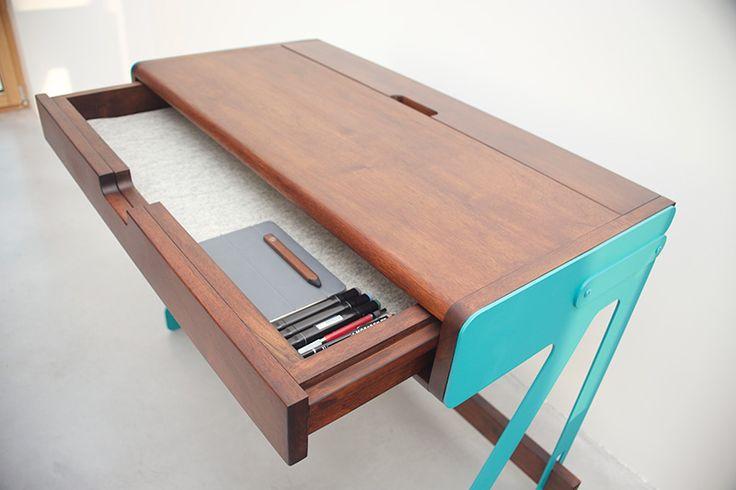 Tiroir bureau 1020 Desk System, www.pierrefurnemont.com #desk #bureau #furniture #mobilier #walnut #noyer