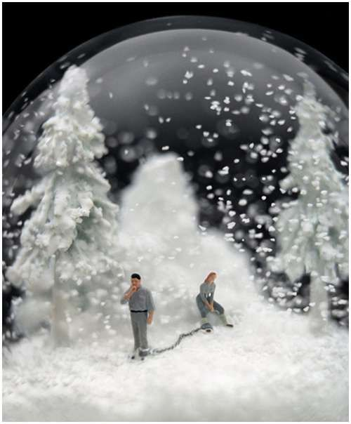Wonderful snow globes by Walter Martin & Paloma Munoz....I could literally come up with story idea from this Snow Globe