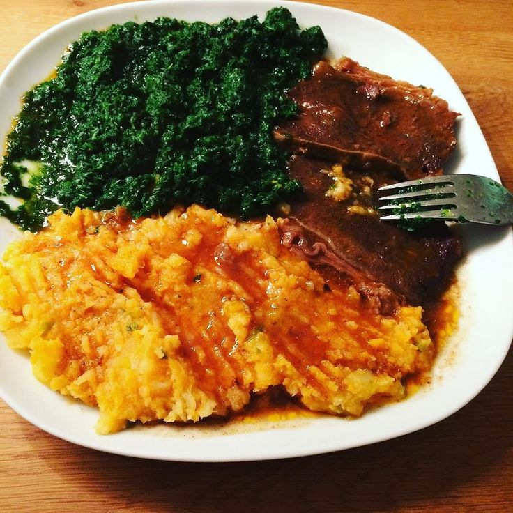 A filled plate is not just a plate with food but a source of vitamins protein and minerals. Spinach mashed sweet potatoes and  beef. #paleo #paleodieet #intermittenfasting #echteten #paleolevenswijze #gezondleven#oerkracht #oerdieet #saúde #healthyfood #comidasaudavel  #eatrealfood #ichf #lowcarb #hightfat #glutenfree #lactosefree #realfood #positivethinking #buddha #boeddhisme #happytime #ilovedog #maltezer #workout by arioque