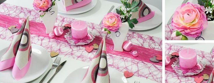 Tischdekoration zur Hochzeit in Rosa kombiniert Erika- mit Himbeer-Tönen