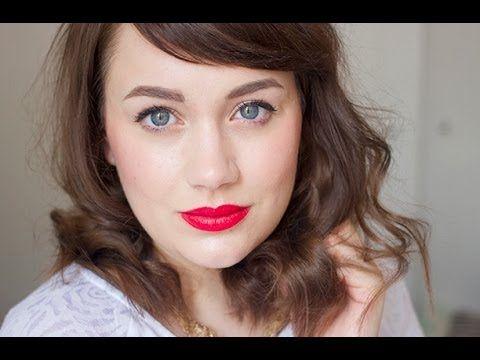 ▶ Glamorous Messy Curls Tutorial Using Hair Straighteners // ghostparties - YouTube
