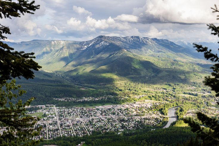 6 Day Hikes in Fernie, BC. Town of Fernie. Photo by Dan Kilgallon.