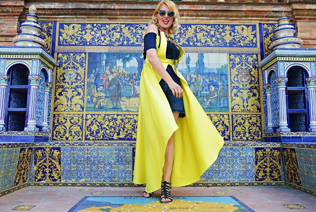 Take a look at my blogpost, folks👇 NEW VIDEO! Andalusian Street Style http://teyxostyle.blogspot.com/2017/06/new-video-andalusian-street-style.html?utm_campaign=crowdfire&utm_content=crowdfire&utm_medium=social&utm_source=pinterest