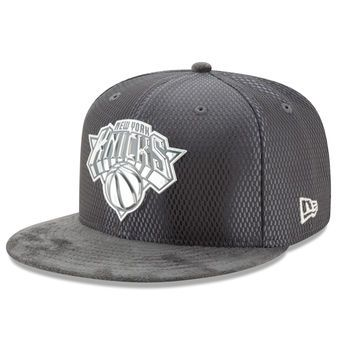 Men's New York Knicks New Era Graphite/Silver NBA Draft 59FIFTY Fitted Hat