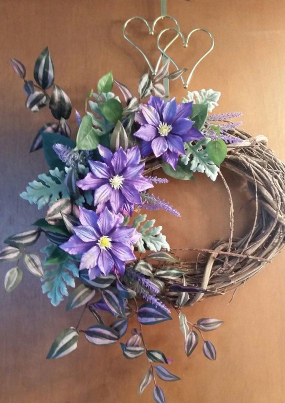 Eloquent, nicely arranged. Can be proudly displayed in any room, door, window. Give as a gift for any occasion. Ready to ship your way!! Date of Originality 4/2017 Measurements --- 20 wide X 18 tall 5 thick INFO ON WREATHS: ***Each wreath is an original, so no two will be