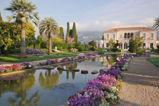 These are the top 10 best things to do on the French Riviera: Visit the Villa Ephrussi de Rothschild in St Jean Cap Ferrat