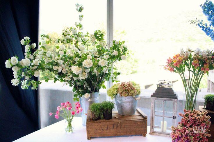 Detalles adorables! #azahar #mesóndepostres #vibornum #hortensia #estátice #rustic #wedding #decoration