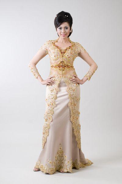 Model Kebaya Brokat Remaja