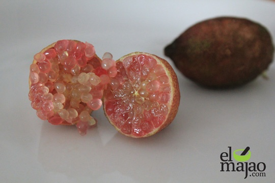¿Conoces el caviar cítrico? http://www.elmajao.com/2011/12/01/caviar-citrico-explosion-elegantemente-acida/