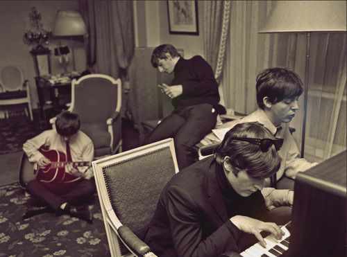 .Music, The Beatles, Paris 1964, Thebeatles, Fab, Club Chairs, Beatles Compo, People, Harry Benson