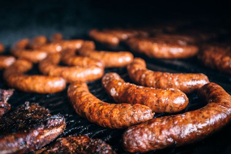 sausages on bbbq