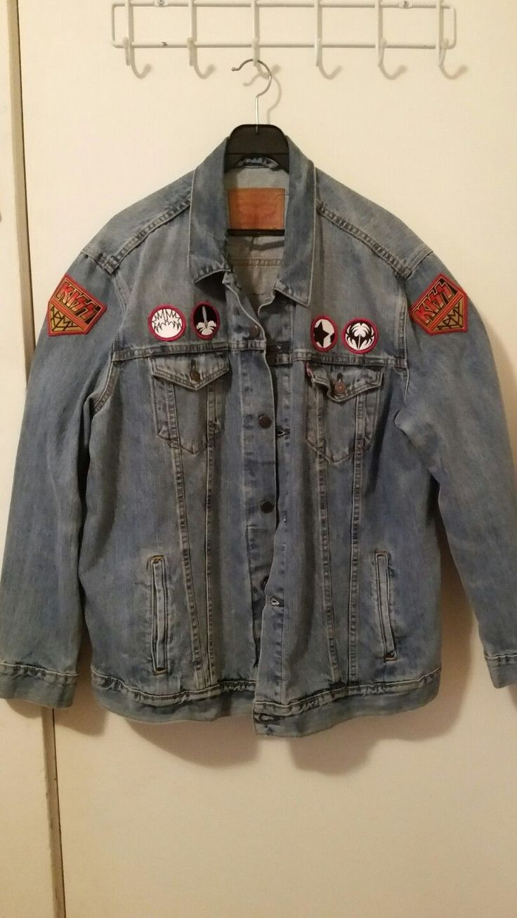 Mens Levis jean jacket red tag. (KISS rock band edition!)