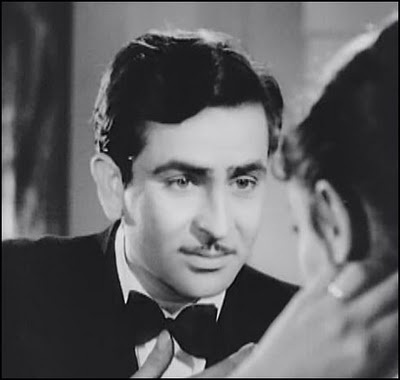 Raj Kapoor--His granddaughter Kareena has his eyes.