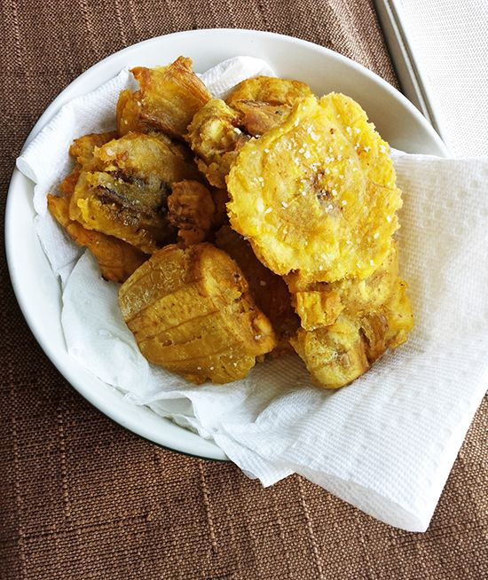 How To Make Patacones in a Whim! (Fried Plantains) | Cocinerita.com - Panamanian Food