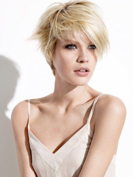 Belle Coiffure Cheveux Courts Fins Et Raides Coiffures Pinterest Cheveux Courts Fins
