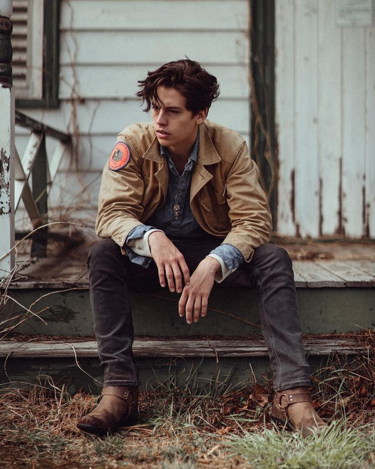 We interrupt Botswana's scheduled programming to bring you this announcement: #Riverdale has been picked up! Catch #Jughead on the CW. A return to acting is gunna be a bit strange but Im doing it with a good group of people. Alright round two start.  Photo by @cvatik by colesprouse
