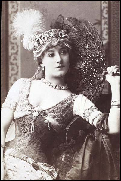 Victorian actress Miss Kate Vaughan c.1880s.